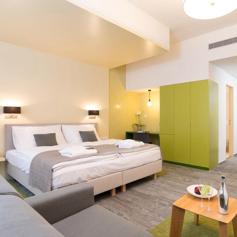 Pokoj Junior suite ve FAIRHOTELu Brno